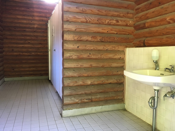 トイレ2 内部