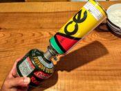 OD缶ガス詰め替え アダプター 45度に傾ける