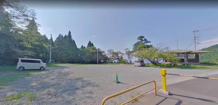若杉楽園キャンプ場 駐車場