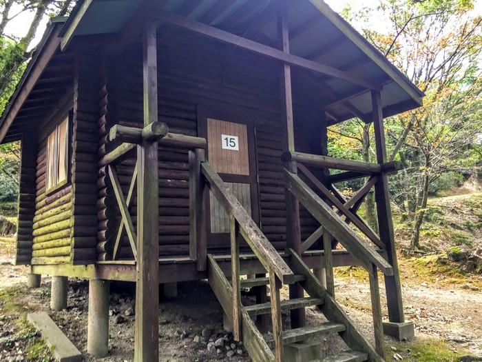 昭和の森 キャンプ コテージ