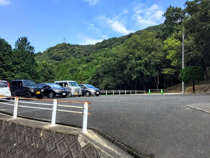 昭和の森 キャンプ 駐車場