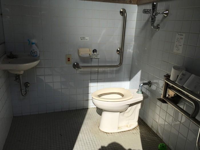 若杉楽園キャンプ場 トイレ