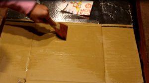 ピザ釜作り ヘラで広げる
