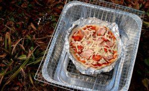 ピザづくり ピザを焼く
