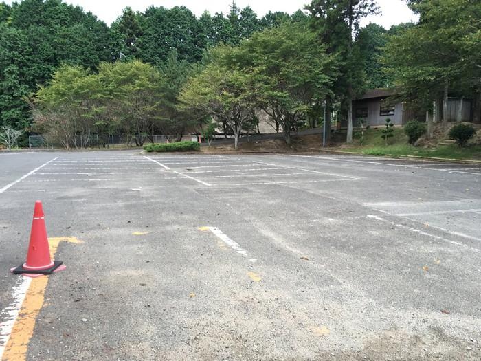 源じいの森 第一キャンプ場駐車場
